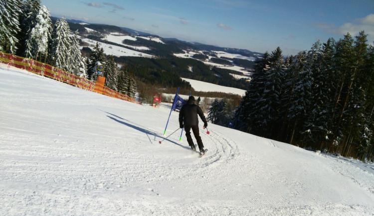 Prožijte život alpského lyžaře. Do Skiareálu Lipno míří show S ČT sport na vrchol!