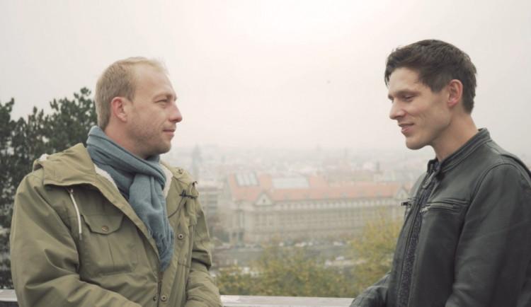 DRBÁRNA: Spolupráce s Leošem Marešem vznikla spontánně, písnička se mu na první poslech líbila, říká Pavel Callta