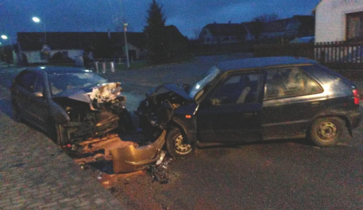 Mladý řidič zemřel při tragické havárii u Košic na Táborsku