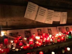 Lidé po celé republice protestují proti zvolení Ondráčka do čela GIBSu. Klíče zvonily i v Budějcích