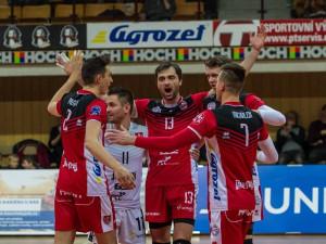 Volejbalisté Jihostroje porazili ve třech zápasech Ústí nad Labem a postupují do semifinále play-off extraligy mužů 2017/2018.