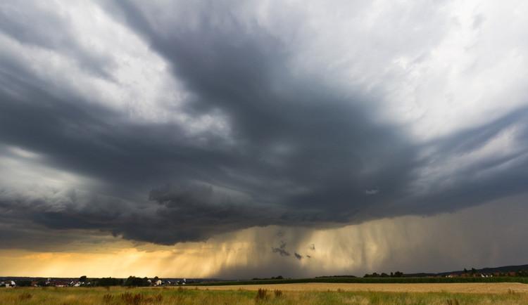 Šumavu zasáhla velmi silná bouřka s přívalovým deštěm