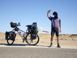 Expedice Na kole přes Afriku je u konce. Tadeáš Šíma přejel kontinent od severu na jih.