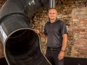 Petr Jenkner představuje nové prostory pro Peklománii
