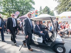 Ani letos nechyběl na slavnostním zahájení mezinárodního agrosalonu Země živitelka v Českých Budějovicích prezident České republiky Miloš Zeman.