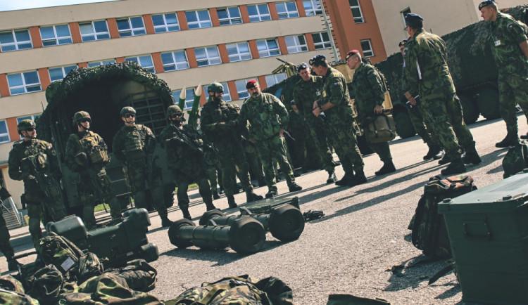 Generál Opata diskutoval se strakonickými vojáky o rozvoji vojska  pozemní protivzdušné obrany