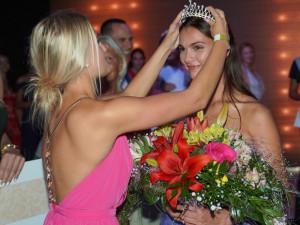 Maturantku roku zvolili Muž roku, mistr rétoriky, nejkrásnější česká modelka i česká Angelina Jolie.