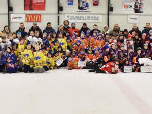 V Pouzarovi se konal Vánoční hoekjový turnaj.