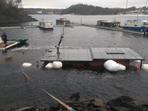 Potopený houseboat