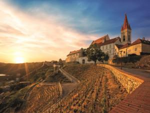 Obliba jižní Moravy z pohledu turistů každoročně stoupá. O kraj vína se zajímají i světová média
