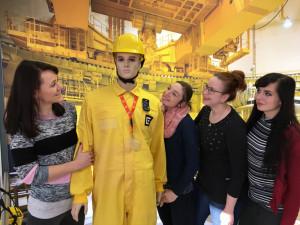 V Infocentru si návštěvníci mohou udělat fotografii přímo z makety reaktorového sálu