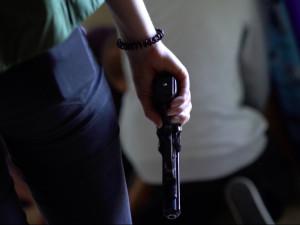 Ozbrojený útočník ve škole