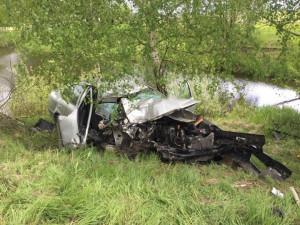 U obce Žár se stala tragická dopravní nehoda, řidič po nárazu do stromu zemřel