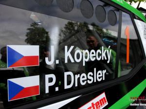 Rallye Český Krumlov má za sebou první soutěžní den. Vedení se ujal Kopecký s novou Fabií.