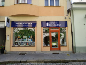 Kvalitní cizojazyčnou literaturu nakupují Budějčáci už rok v Oxford Bookshop