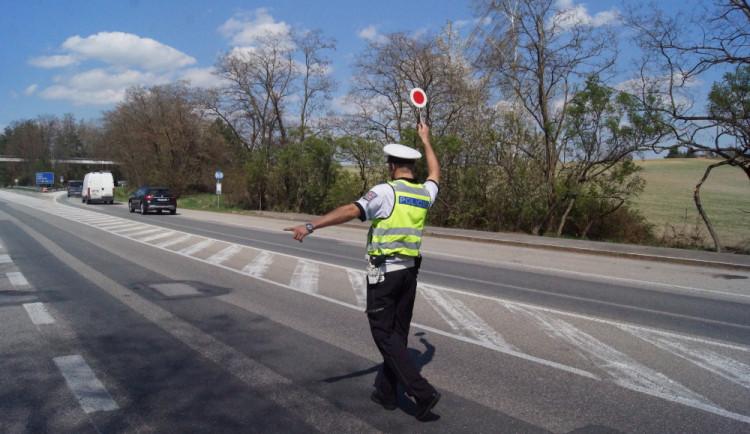 Stát zavede pro začínající řidiče řidičský průkaz na zkoušku