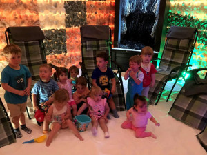 Budějcká Královská školka s vlastní solnou jeskyní oslavila v květnu své první narozeniny