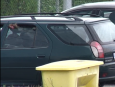 Majitel nechal v autě zavřeného psa, sám se šel vykoupat na plovku
