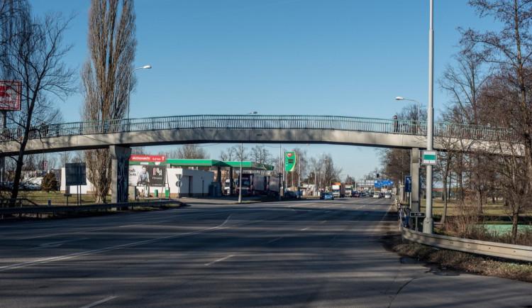 Na Dlouhé louce přibude jeden jízdní pruh. Křižovatka bude několik víkendů uzavřená