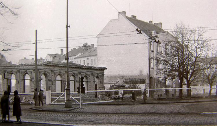 DRBNA HISTORIČKA: Na stavbu divadla nebyly peníze. I přesto se Budějovická pivnice zbourala