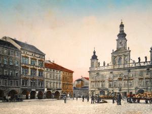 Jihovýchodní část náměstí před rokem 1912.