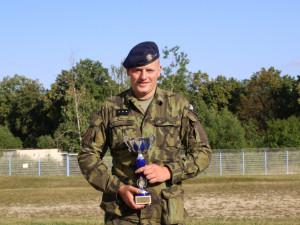 Četař Jiří Hudec obsadil v konkurenci 213 závodníků čtvrté místo na mezinárodní střelecké soutěži v Rakousku.
