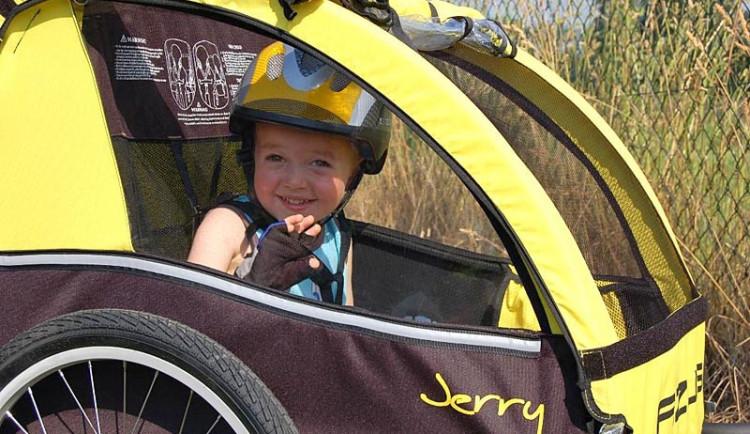 Varování před nebezpečnými dětskými cyklovozíky