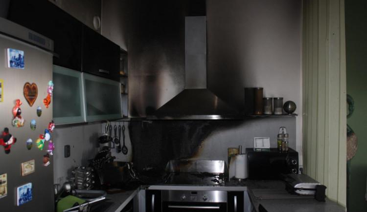V Suchém Vrbném hořel byt. Škoda se vyšplhala na 300 tisíc korun