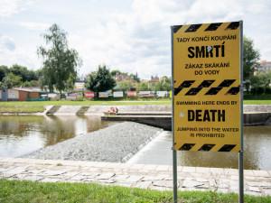 Ročně v Česku utone okolo 180 lidí a podle záchranářů by se v naprosté většině případů dalo těmto obětem předejít.