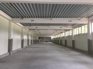 Atletický koridor v Oskarce dostal nový plášť a běžecké dráhy. Hotovo by mělo být na podzim