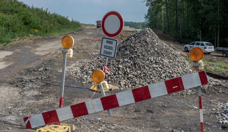 DOPRAVNÍ INFO: Další omezení na našich silnicích nám připraví cyklistický závod v obci Temelín