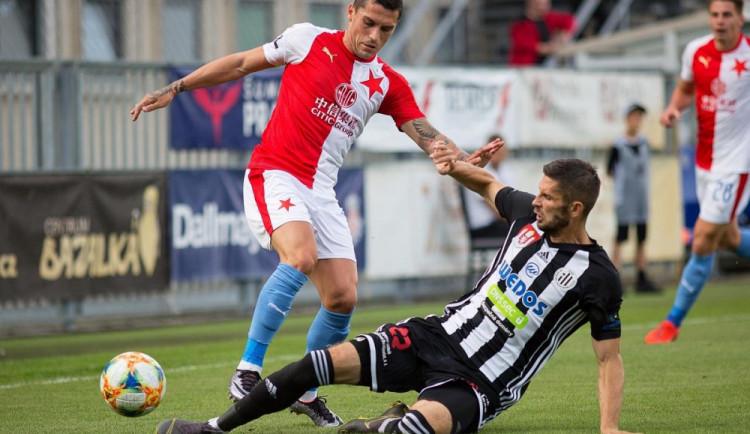 Slavia potvrdila svou kvalitu a z Budějc odjíždí se třemi body. Dynamo na domácí vítězství čeká