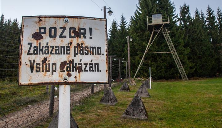 Otevření hranic na jihu Čech po roce 1989 zpřístupnilo Šumavu