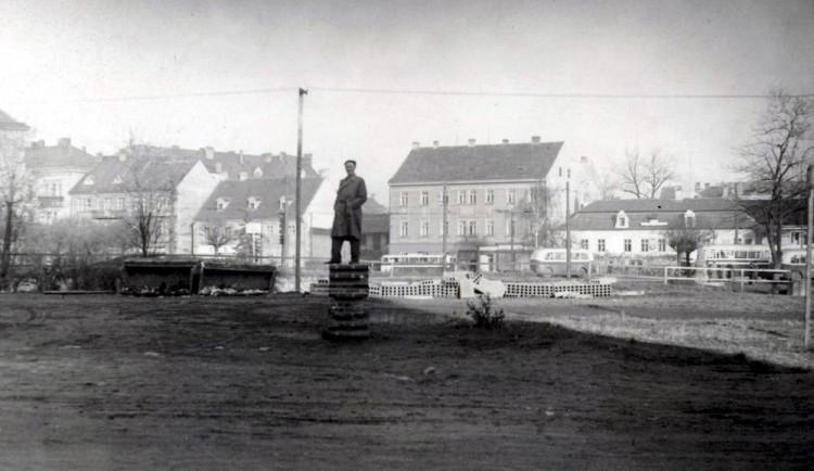 DRBNA HISTORIČKA: Vědělo se, že nové divadlo nebude