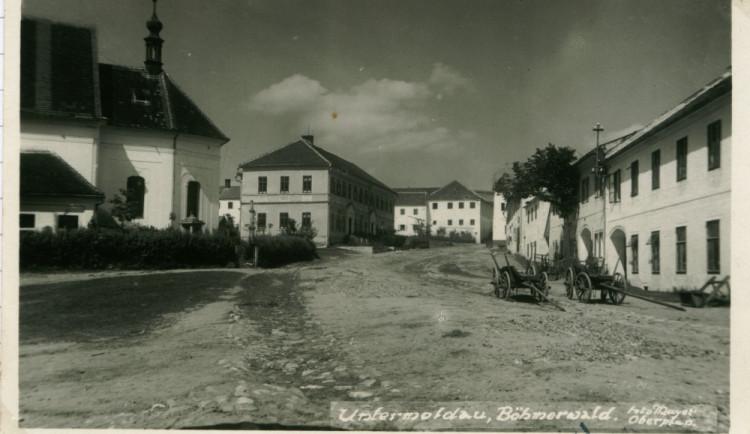 V sobotu vystoupí na hladinu Lipna zatopená obec Dolní Vltavice