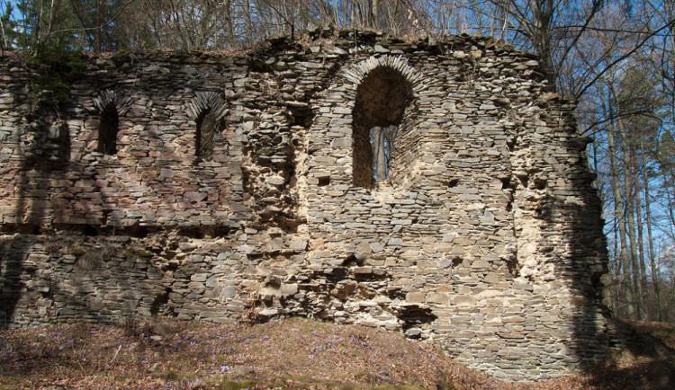 Archeologové našli na Karlově Hrádku stopy pravěkého osídlení