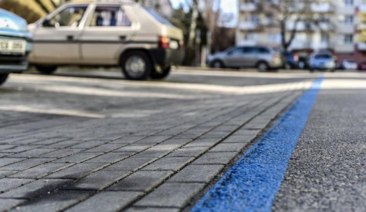 V pondělí začne realizace druhé etapy parkovacích zón, ve vybraných ulicích už jsou značky se zákazem zastavení