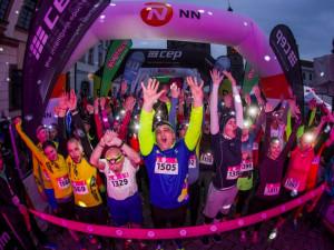 Night Run a Avon běh finišují, běží do Českých Budějovic