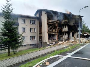 Domy v Lenoře, které nezasáhl požár, nečeká demolice