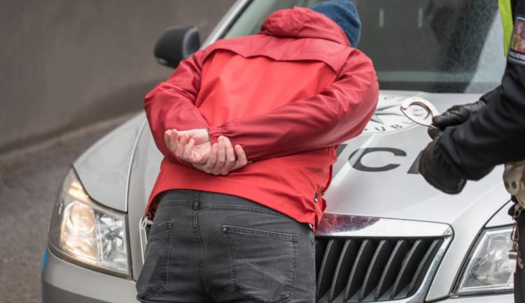 Dvojice mužů vykrádala trezory, zloději způsobili škodu za čtyři miliony korun