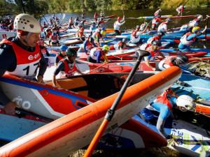 Krumlovského vodáckého maratonu se zúčastnilo 1 500 závodníků