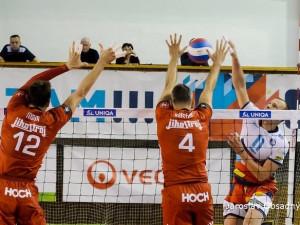 V televizní dohrávce třetí kola UNIQA volejbalové extraligy mužů 2019/20 nenechala Ostrava loňského mistra na své palubovce ani na chvíli nadechnout.