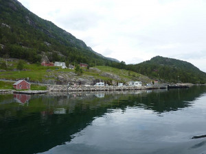 Epizoda 3 - Kjerag: Městečko při plavbě do Lysabotenu