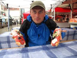 Epizoda 5 - Stavanger: Naše poslední jídlo v Norsku na trhu v Beregnu - krevety a losos