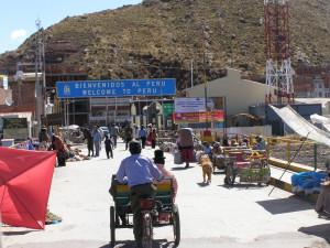 Hraniční most Bolívie - Peru