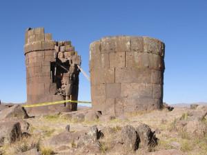 Pohřební věže chullpas