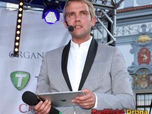 Moderátor finále Maturantky Roku 2012 Libor Bouček