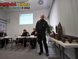 Policejní pyrotechnici v pondělí představili náplň své činnosti