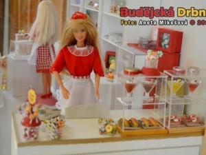 Výstava panenek v DK Metropol