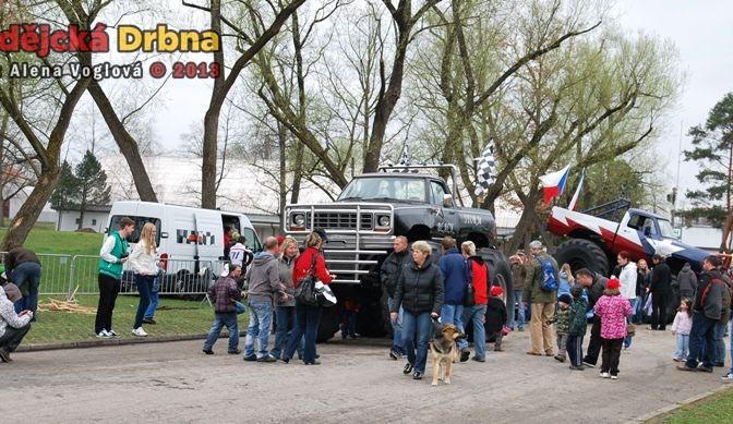 Monster Trucky přitáhly spoustu návštěvníků